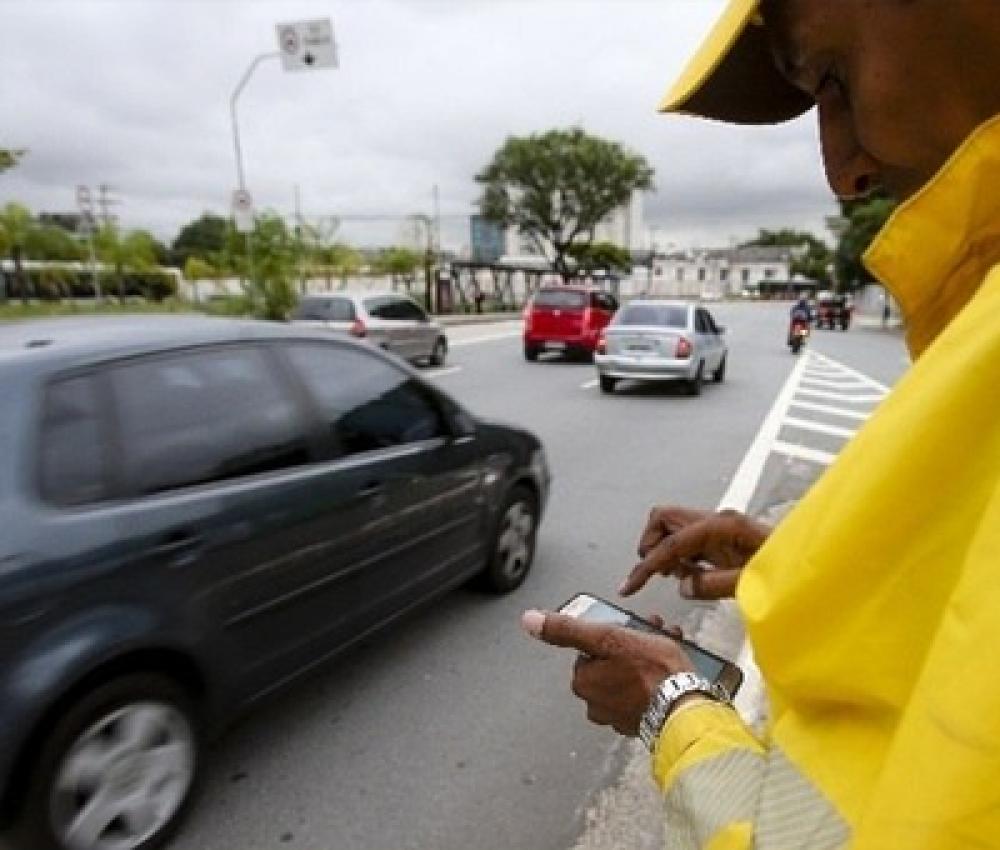 Nova lei de trânsito começa a valer hoje; veja mudanças