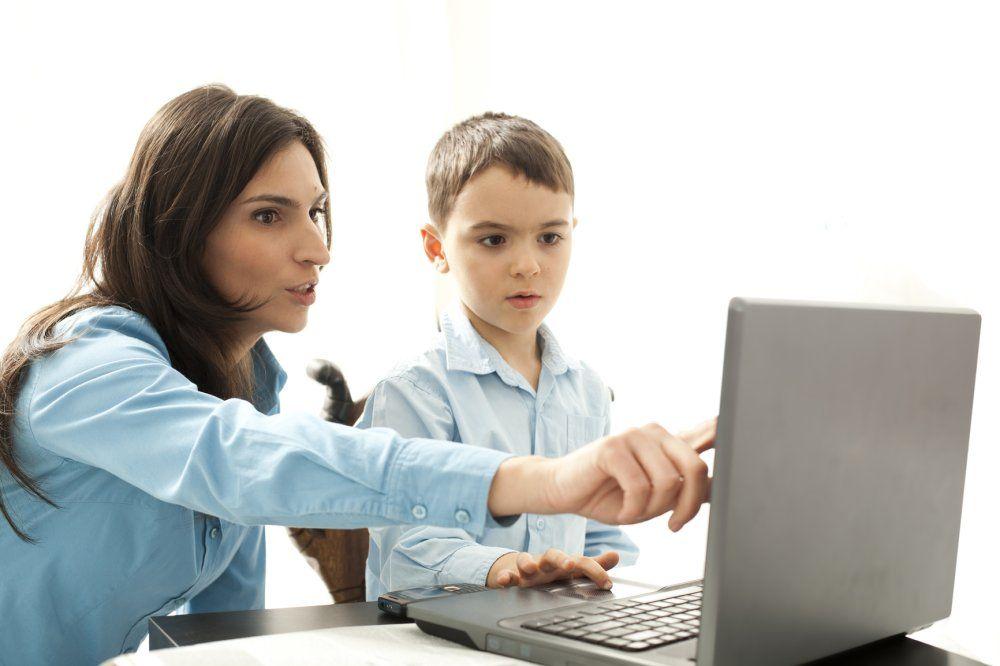 Dicas para navegação segura do seu filho na Internet