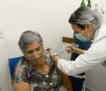 Vacinação em Bertioga para os idosos com 80 à 84 anos